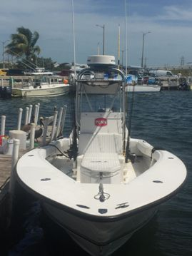 Conch 27 charter boat